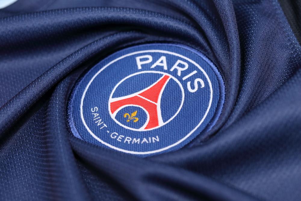 psg logo on shirt