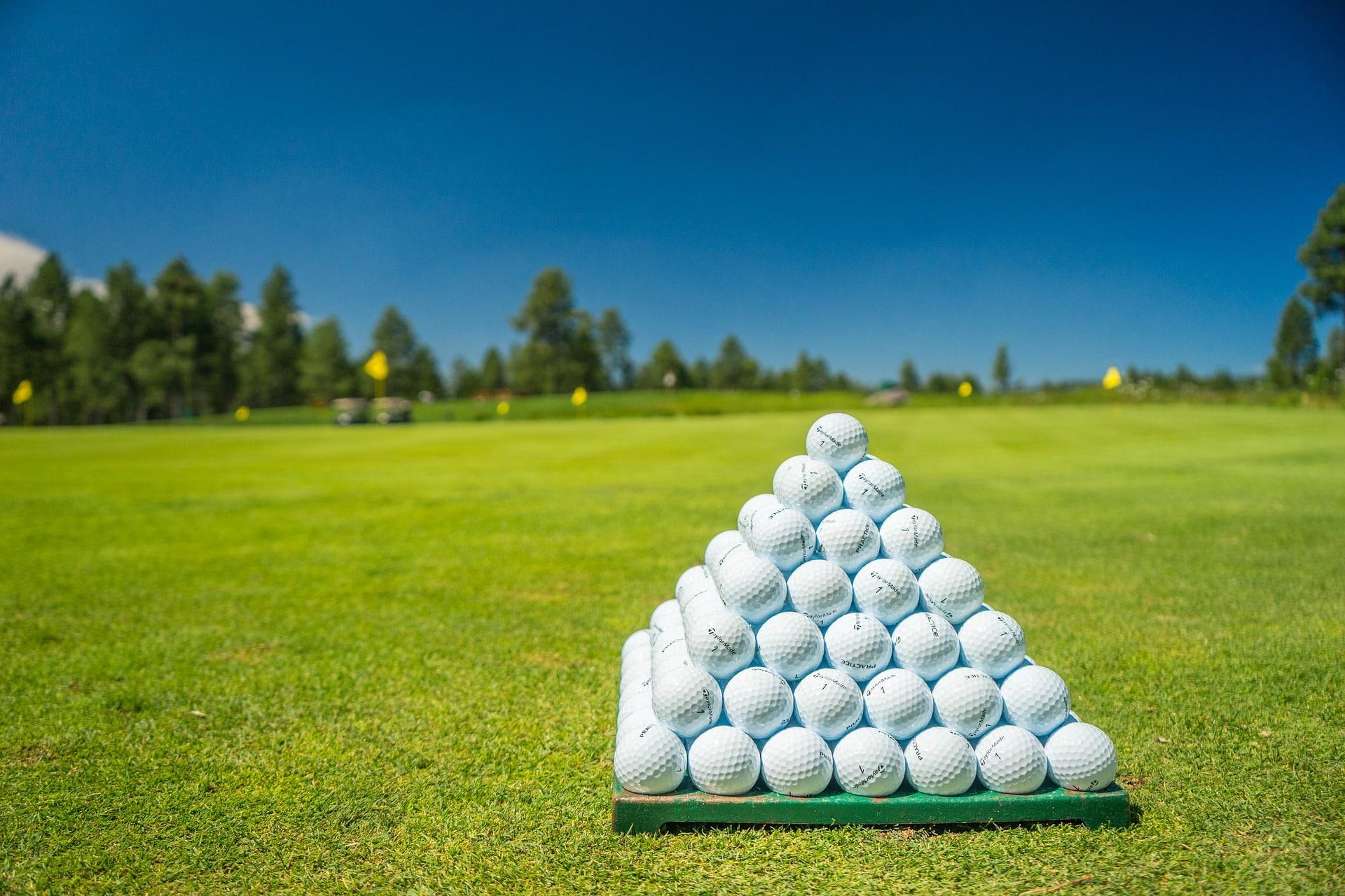 lots of golf balls